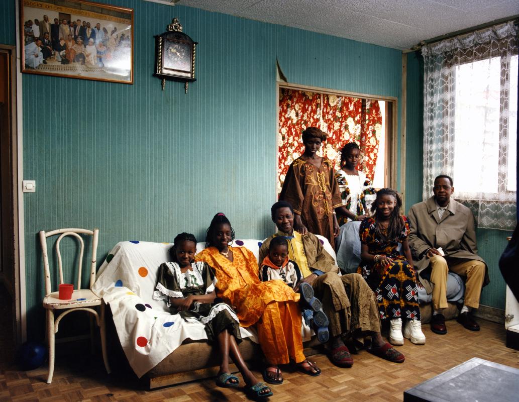 La famille Diallo. Une photographie réalisée à deux, avec Olivier Pasquiers.