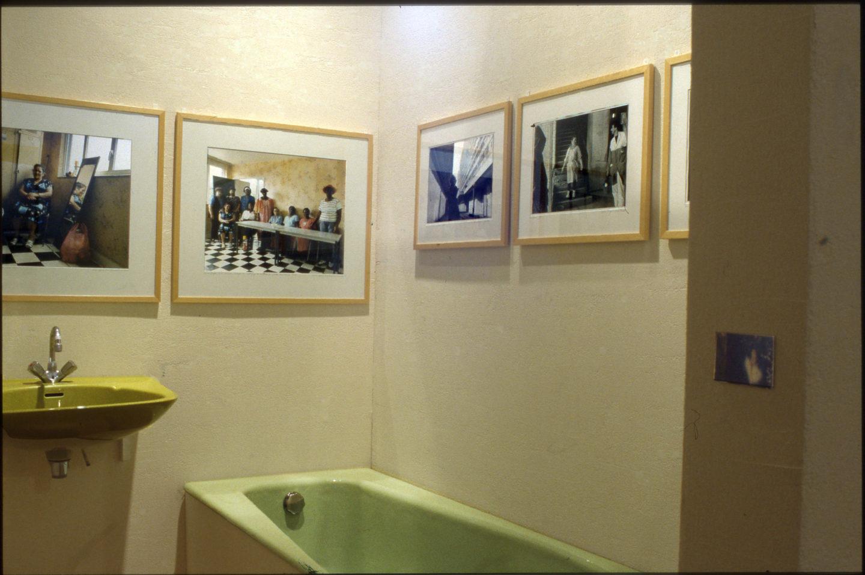 L' exposition est prŽésentŽée  au Centre Culturel J.Houdremont au pied même de la barre, dans un appartement reconstituŽé à ˆ l'identique de ceux de l'immeuble. (La scéŽnographie est réŽaliséŽe par les graphistes de Nous Travaillons ensemble, complices depuis le déŽbut de l'aventure artistique du bar FloréŽal.)