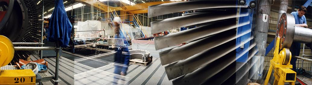 EDF, centre de production thermique de Vitry-sur-Seine : entretien des turbines, 1998.
