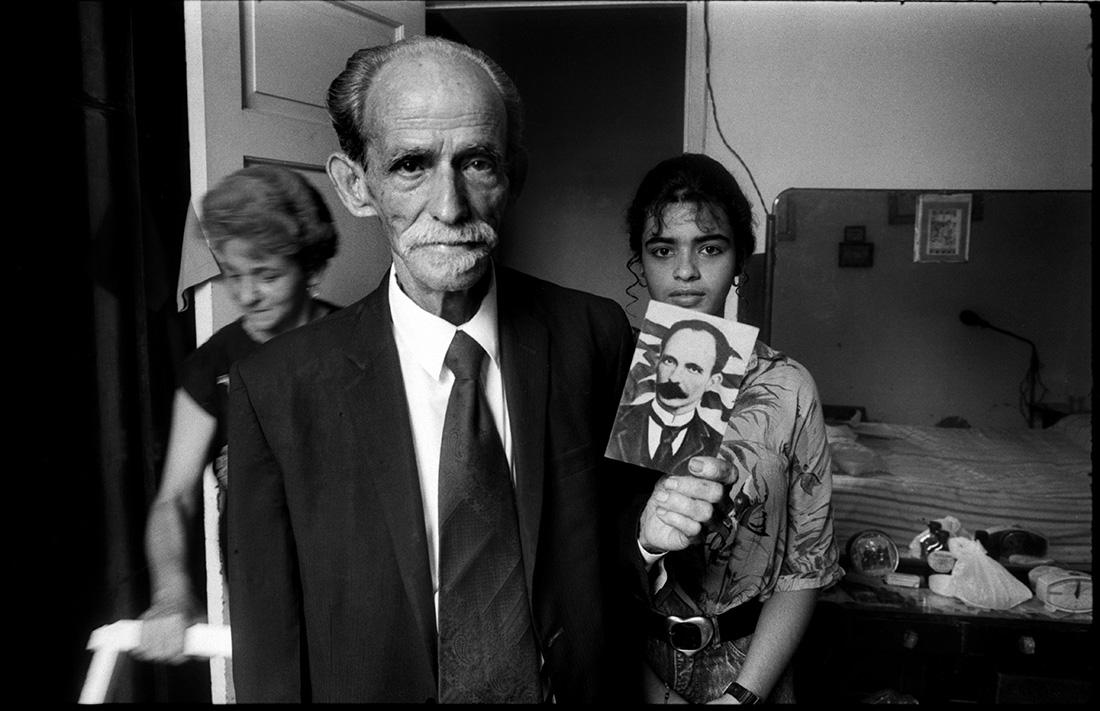 """Ramon Nolasco, dit Marti. Appart. n° 16, n° 1170. Calle 19. Fier de sa ressemblance avec le """"père"""" de l'indépendance cubaine, le poète José Marti, tout le monde l'appelle Marti."""