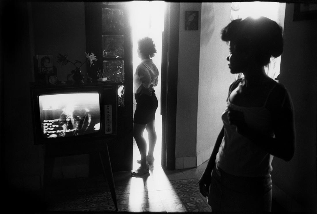 """Je suis une """"guajira"""" nous dira Ivon, venue de l'autre bout de l'ile à la Havane chercher un travail et peut être un bon mari."""